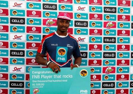 Madibaz flanker Andisa Ntsila is a star in the making. Photo: Saspa