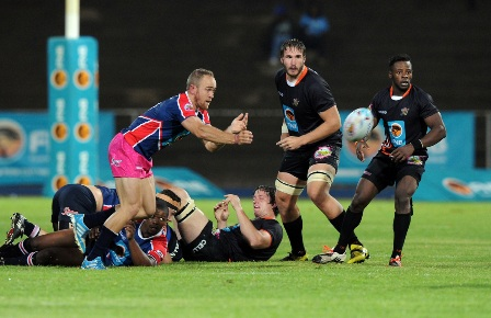 FNB NMMU-Madibaz captain Ivan Ludick in action during their FNB Varsity Cup clash against UJ last night. Photo: Saspa