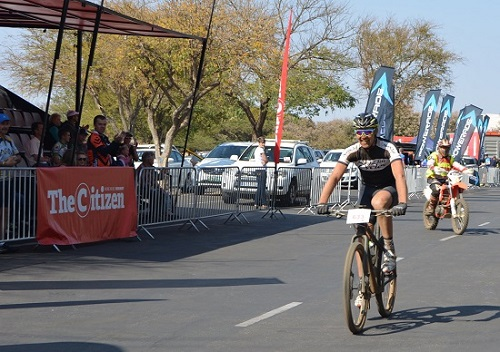 Alex Pavlov took the honours in the 50km Bestmed Cycle4Cansa 50km MTB Classic at Sun City on Saturday. Photo: Full Stop Communications