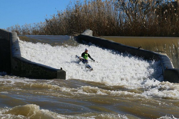 Paddlers test the brand new chute down the Baroda Weir on the Fish River Canoe Marathon course. Photo: Supplied