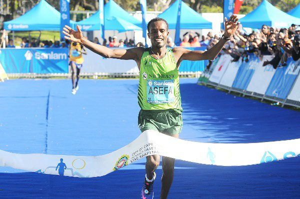 Asefa Negewo of Ethiopia won the Cape Town Marathon and broke the long standing fastest time set on South African soil over 42.2km. Photo: Cape Town Marathon.