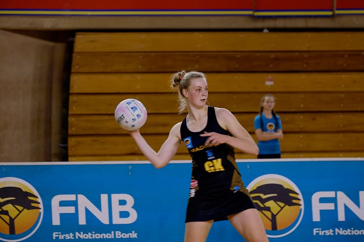 SPAR Madibaz star Jeanie Steyn was named player of the year at the Nelson Mandela Bay Netball Association's awards function last month.
