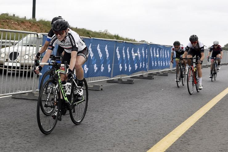Carla Oberholzer wins Berge en Dale