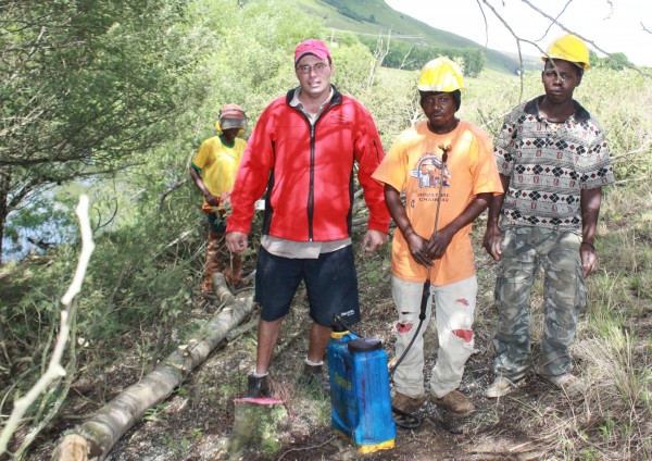 Barry Cole (left), Chairman of the organising committee of the N3TC Drak Challenge is well satisfied with the Wattle clearing effort that took place ahead of the 2015 race on January 24 and 25.