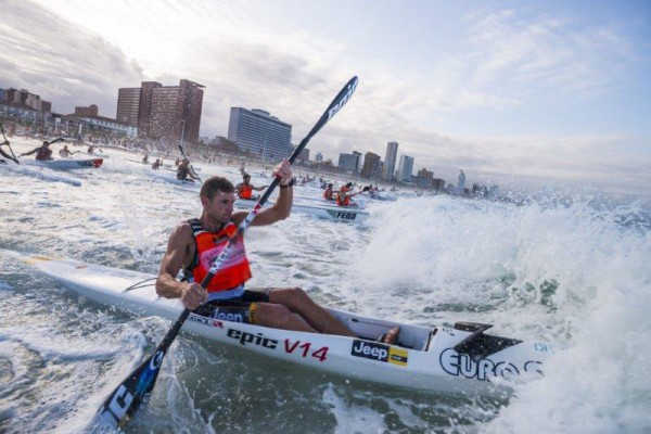 Hank McGregor together with other participants takes on the Thule Surfski Challenge, race four at the 2016 Marine Surfski Series. Photo: Anthony Grote.