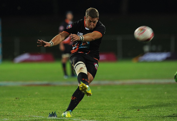 Prolific University of Johannesburg points scorer Divan Nel will not be part of the Varsity Cup competition when it gets under way on January 29. UJ play Stellenbosch University in their opening game in Johannesburg.