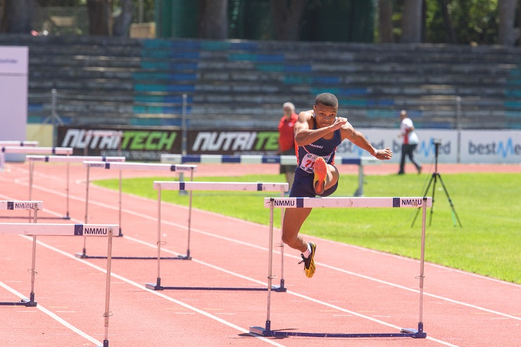 The Bestmed Madibaz Athletics Club, in conjunction with Eastern Province athletics, will offer a number of courses for athletes and coaches at Daniel Pienaar Technical High School from January 10 to 12.