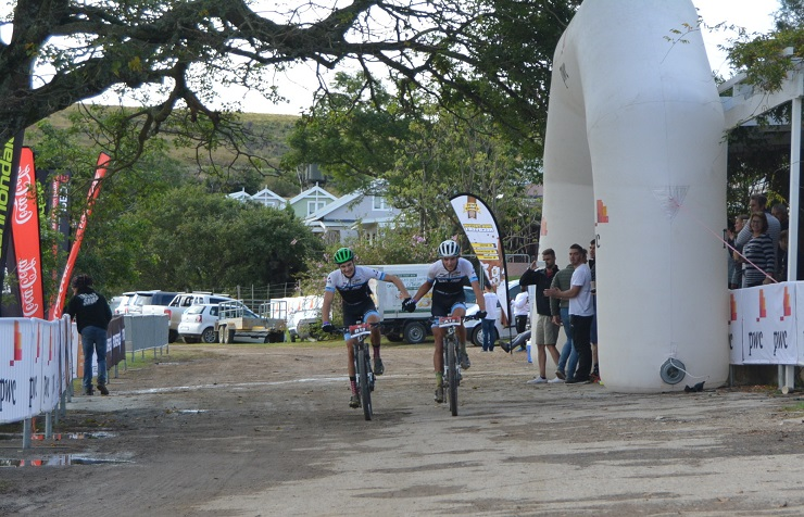 Aiden Connelly (left) and Rogan Smart take the honours in the second stage of the three-day PwC Great Zuurberg Trek