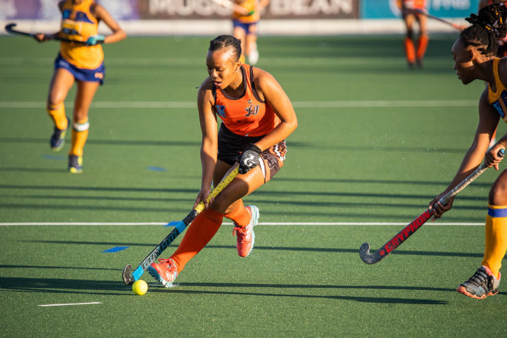 UJ's Kaylim Bowers Varsity Hockey